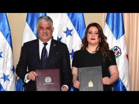 RD y Honduras oficializan acuerdo supresión visas; Canciller reconoce cardenal Maradiaga