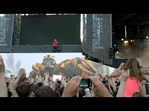 Linkin Park - Numb - Live Red Square Moscow 23.06.11.mp4