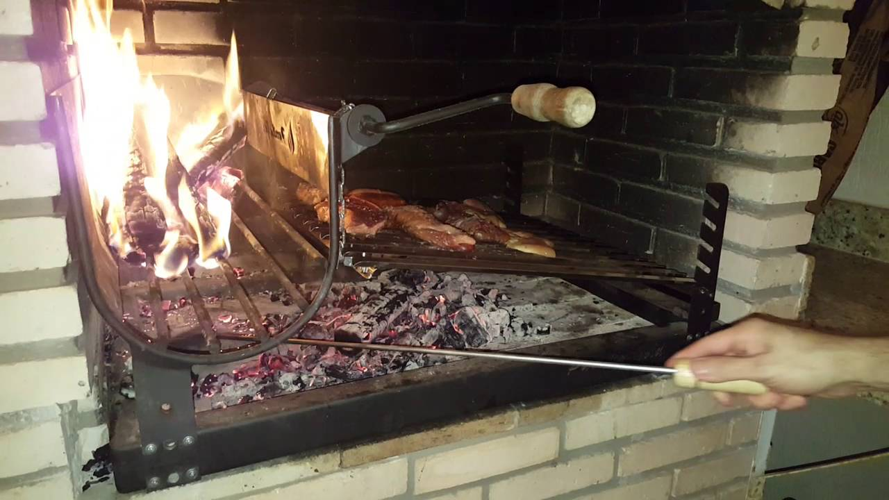 Churrasco moda uruguaia e ou argentina parrilla youtube for Mejor parrilla para casa