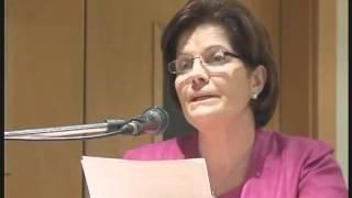 Mrs Catherine Gonzi addressing Ahmadiyya Seminar for women