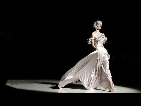 Isabel Zapardiez   Barcelona Bridal Fashion Week 2016   Exclusive