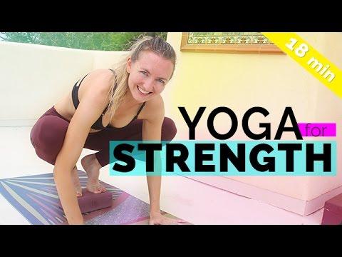 Yoga for Strength - Vinyasa Sequence 🙏 Start 2017 STRONG 💪