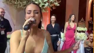 Anastasija zapevala bratu na svadbi svoj najveći hit!