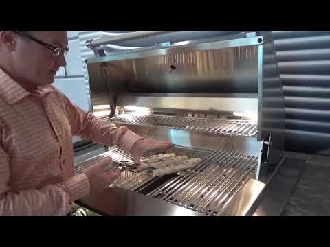 Hestan Aspire Flip-to-Clean Briquettes