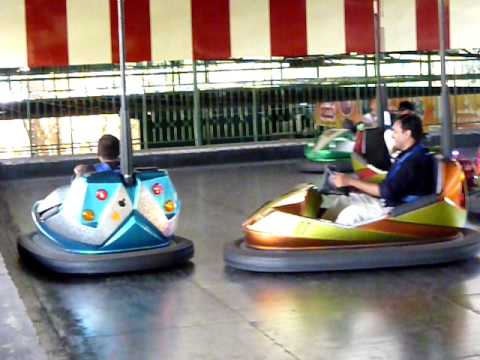 Bumper car at Wonder la Theme Park