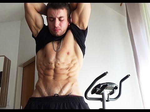 No Flex vs Flex - Bauchmuskeln vor dem WK (sixpack - motivation)