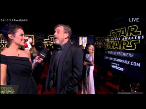 Mark Hamill Interview - Star Wars The Force Awakens Red Carpet