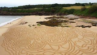 Cer i Greu | Celf ar Lan y Môr | Amazing Beach Sand Art