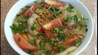 How To Make Vietnamese Sweet & Sour Fish Soup - Canh Chua Cá