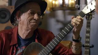 Keith Richards Demonstrates his 5-String Technique