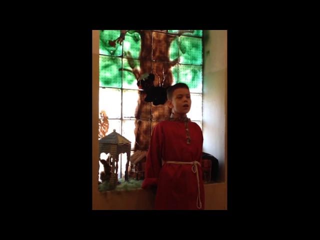 Изображение предпросмотра прочтения – ДанилШалев читает отрывок изпроизведения «Сказка о мёртвой царевне и о семи богатырях» А.С.Пушкина