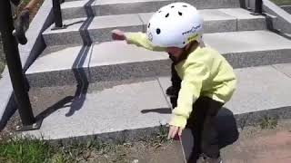 """""""Try Again. Fail Again. Fail Better.""""👍 What a brave skateboarder!"""