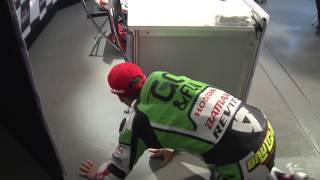 Bautista tries to sneak past Marquez in Qualifying