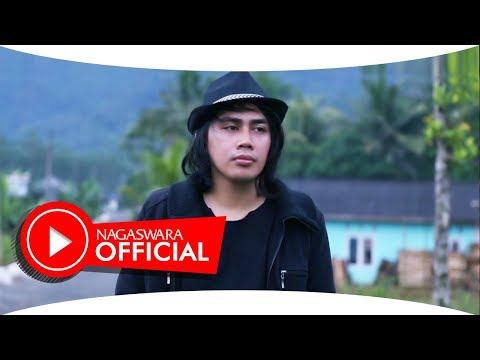Alpha Syah - Darling  #music