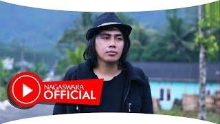 Download lagu Alpha Syah - Darling (Official Music Video NAGASWARA) #music Mp3