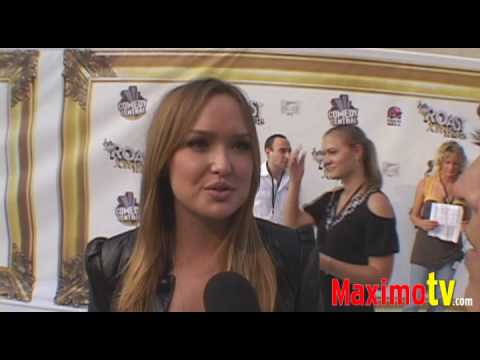 Kaylee Defer   Roast of Joan Rivers  ARRIVALS