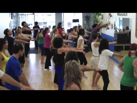 Afro-Brazilian Dance Workshop w/Mariano Silva (Long Beach, CA)