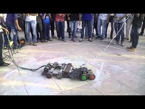 INCEPTUM15 G.B.Pant Govt. Engineering College,New delhi ROBOWAR2