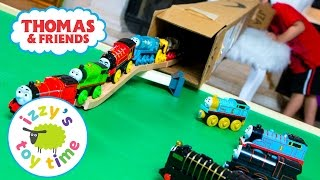 Thomas and Friends | Thomas Train Cardboard Tunnel with Brio and Imaginarium | Toy Trains