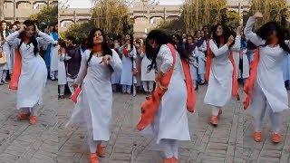 Karachi College Girls Dance on Pashto Video Dance | Karachi College Dance | College Girls