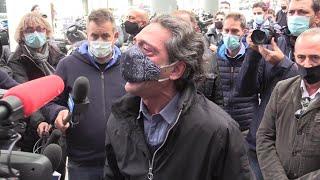 Milano, la protesta dei ristoratori per il coprifuoco: