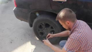 Ремонт прокола бескамерной шины своими руками не снимая колеса.