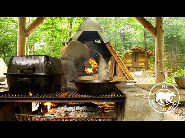 Build a Log Cabin Porch   Bear Lasagna in the Off Grid Forest Kitchen