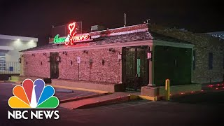 """""""It's Like Seeing Your Home Being Ripped Apart """" Staff Reflects On Restaurant Closure 