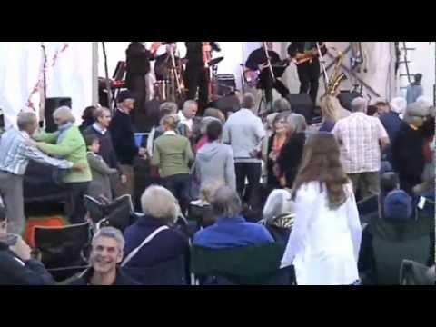 """Plymouth Summer Jazz Picnic at Saltram House. """"Laissez les bon temps rouler!"""""""
