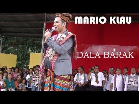 Mario Klau Dala Barak Konser di pantai Wini TTU NTT