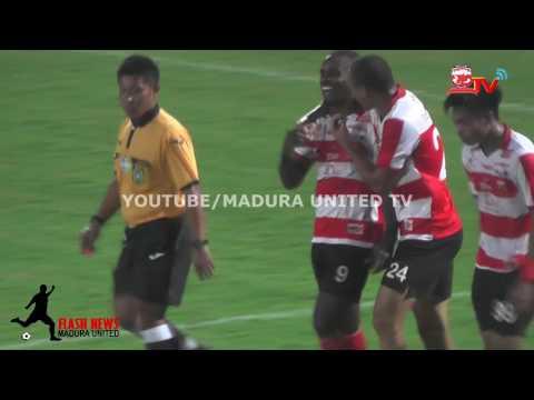 Greg Nwokolo dan Peter Odemwingie Bawa Madura United Unggul 2-0 Atas PS TNI di Babak Pertama