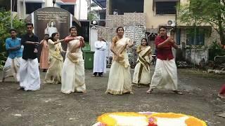 Video Onam 2k17 Flashmob by MCYM Vasai #thiruvavaniravu#rocknkuthu#jimiki kamal download MP3, 3GP, MP4, WEBM, AVI, FLV April 2018