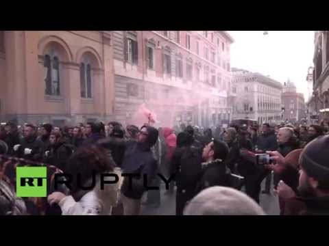 Italy: Anti-austerity protesters attack EU HQ in Rome