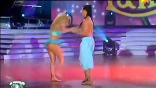 Virginia Gallardo Bailando Lambada HD