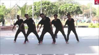 best ever group dance on malhari choreography unique dance crew vipin sharma