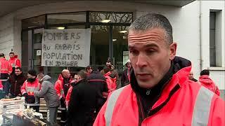 Les pompiers de Poitiers protestent contre la dégradation de leurs conditions de travail