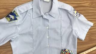 How to properly wear the female blue shirt (Class B)