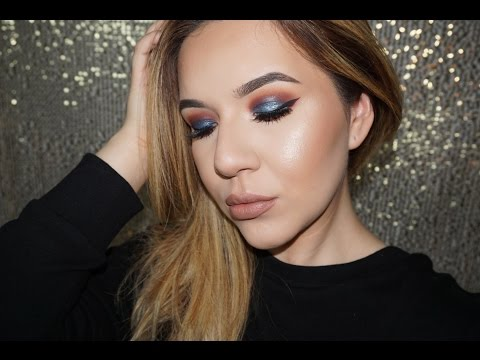 Maroon Eye With Pop Of Teal | KatEyedTv