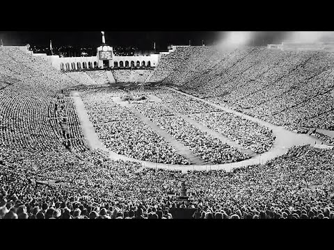 The Unparalleled History Of The L.A. Memorial Coliseum