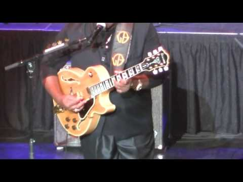 George Benson at The Venue, Horeshoe Casino, Hammond, IN, Sat Sep 3 2016 part 2