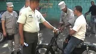 Amet conflicto Policia Www.Sosuamusic.Net