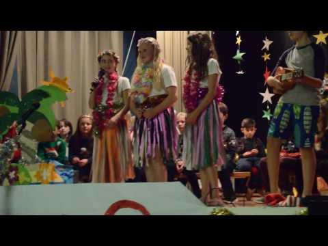Tannadice Primary School - Christmas around the World Part 1