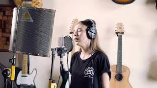 I LOVE YOU - BILLIE EILISH (cover By Daniella Kharishma) Live Recording