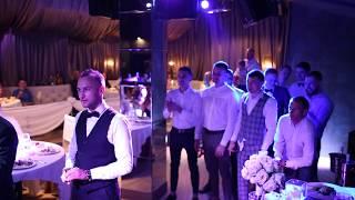 Круто бросил повязку ЖЕНИХ от невесты