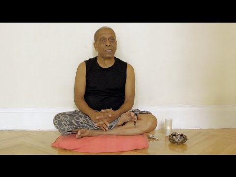 Manju Pattabhi Jois on Ashtanga Yoga (english subs / deutsche UT)