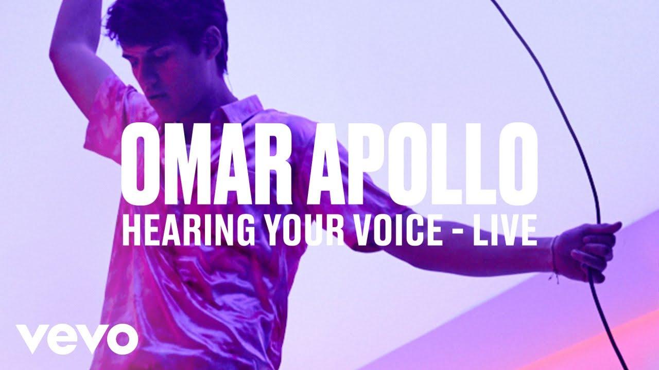 Omar Apollo — «Hearing Your Voice» (Live) | Vevo DSCVR
