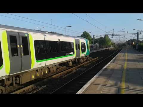 Trains at: Leighton Buzzard, WCML, 26/05/17