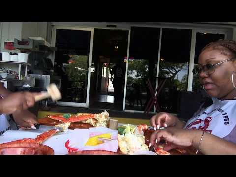 KING CRAB MUKBANG | FLORIDA STYLE TUTORIAL | RUSTIC INN CRABHOUSE
