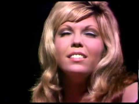 Nancy Sinatra - Bang Bang (My Baby Shot Me Down) - [Cher Cover]