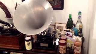 """""""Ich bete an die Macht der Liebe"""" (Bortnianskj) sung by the Nebe Quartet GM cylinder no 15664 (1905)"""